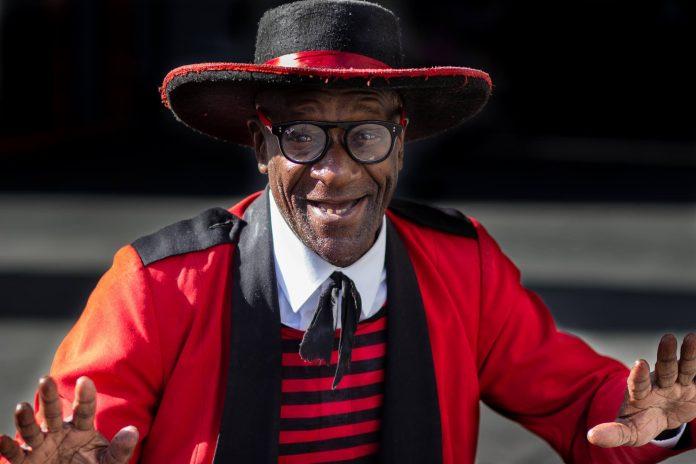 Larry Woods Mister Sunshine zinvollerleven.nl rijke klootzak verlicht schoenenpoetser